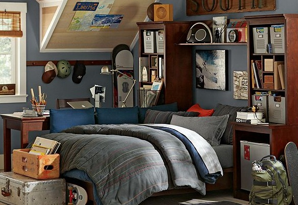 College Dorm Room Bedding Related Keywords & Suggestions  ~ 111230_Dorm Room Decorations Male
