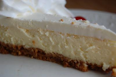 Food, Fun & Life: Sour Cream Cheesecake
