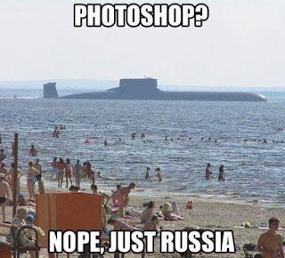 U-Boot am Badestrand Russland