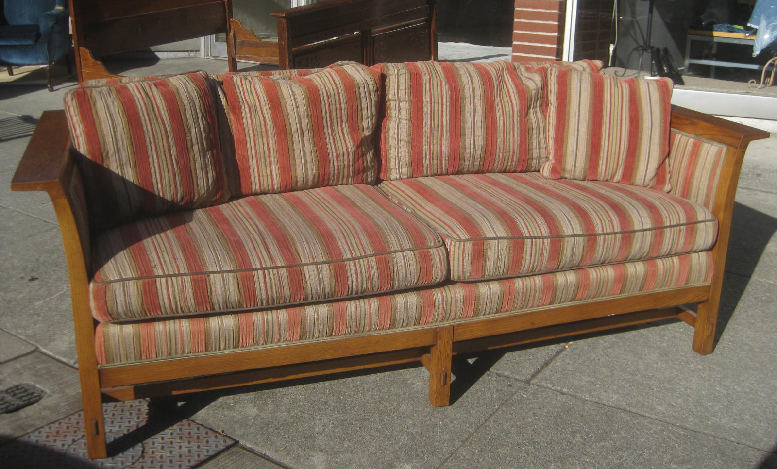 uhuru furniture collectibles sold arts crafts. Black Bedroom Furniture Sets. Home Design Ideas