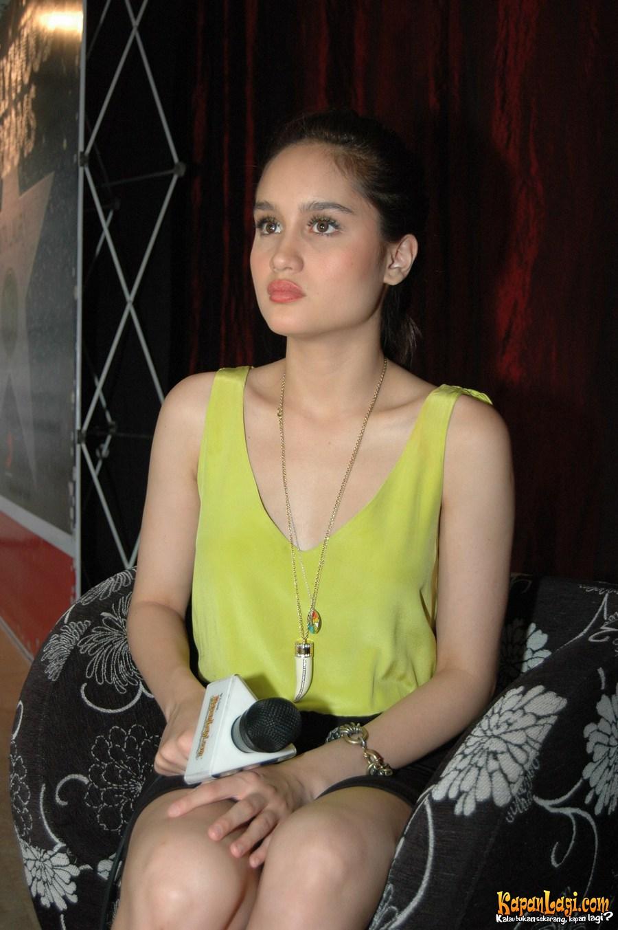 Cinta Laura Hot - Bokep Indonesia