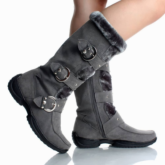 Amazing grey winter boots