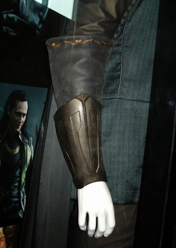 Thor Dark World Fandral costume detail