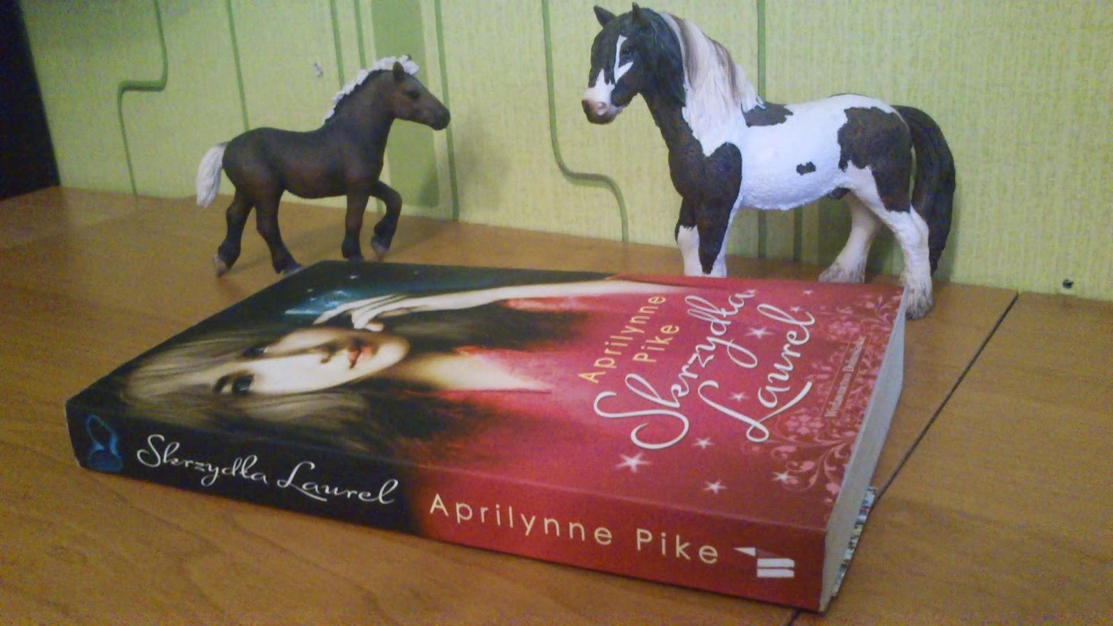 """Skrzydła Laurel"" Aprilynne Pike"