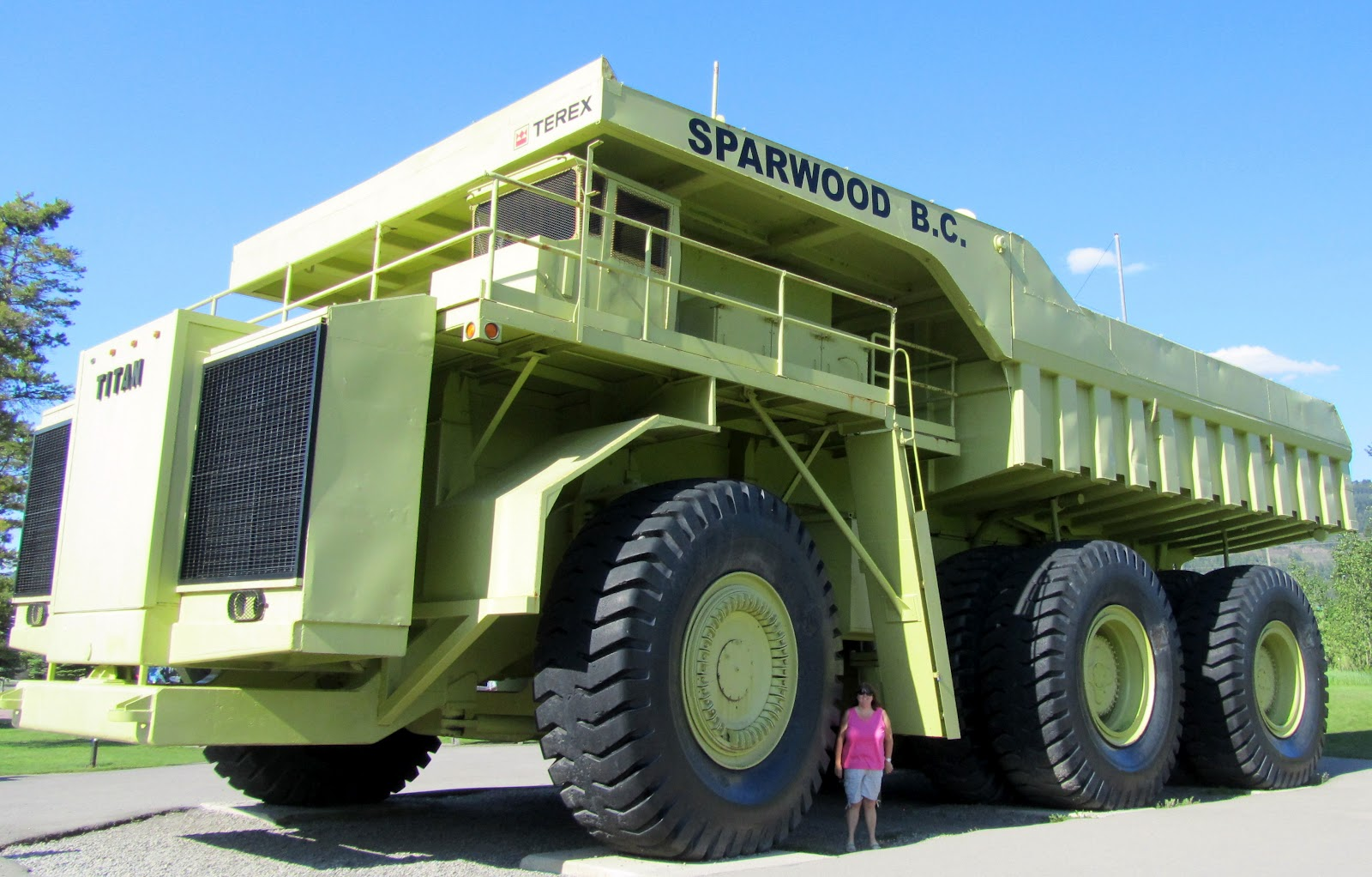 Biggest dump truck in the world