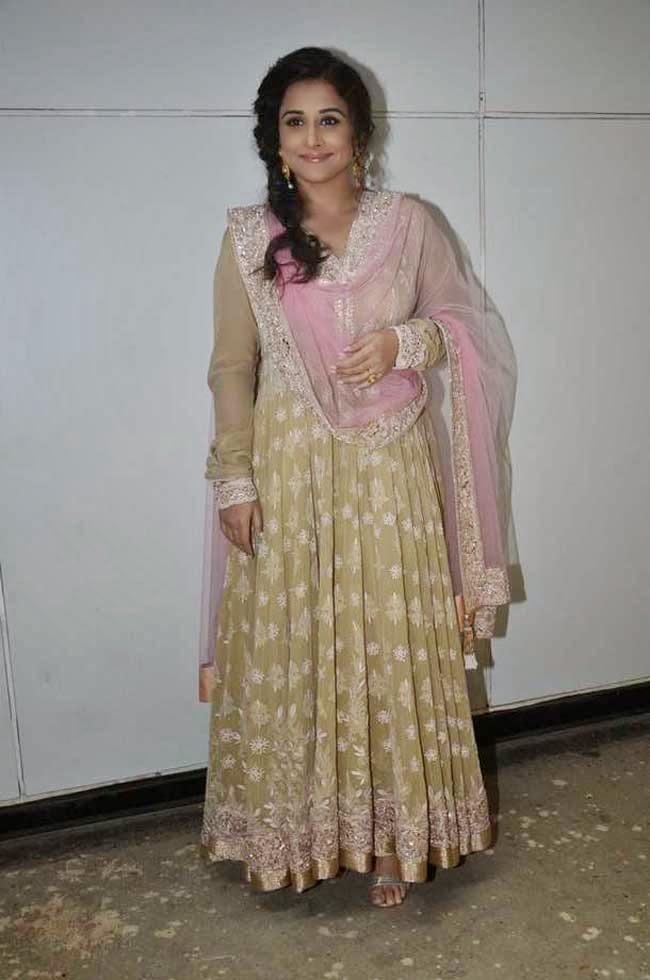 Vidya Balan in Manish Malhotra