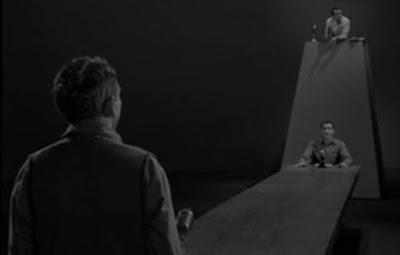 La Quatrième Dimension: L'homme obsolète Capture2