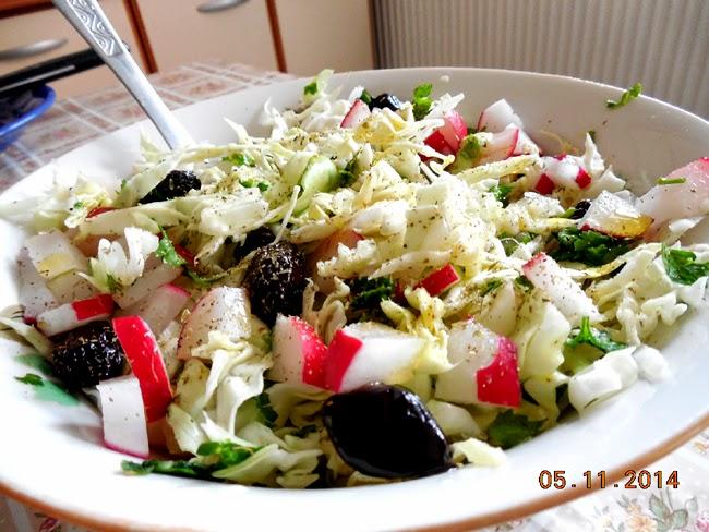 salata de varza cu ridichi