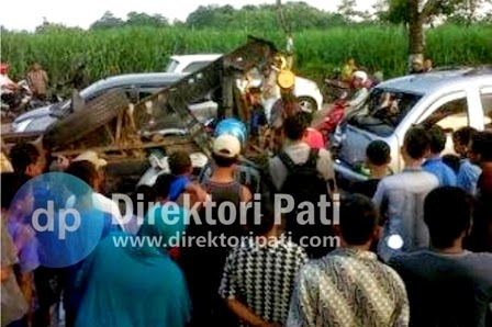 Berita Kecelakaan Megapro Vs Mobil Espass di Bapoh Pati