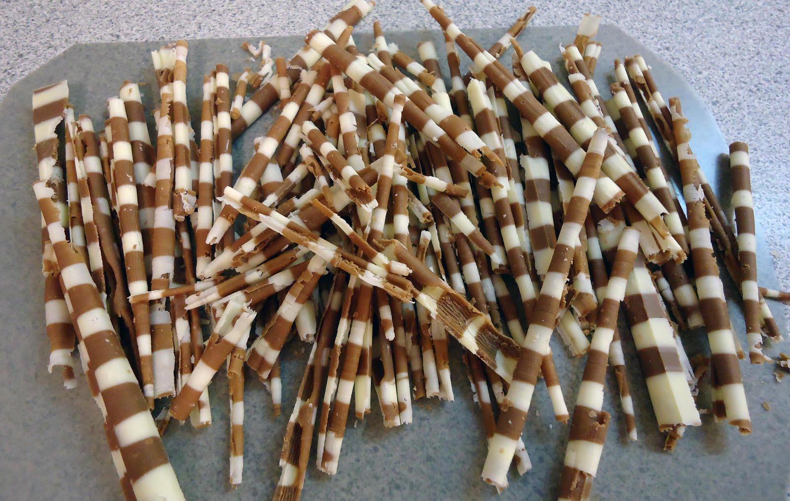 Minicuisine petits d cors en chocolat 3 for Decoration en chocolat