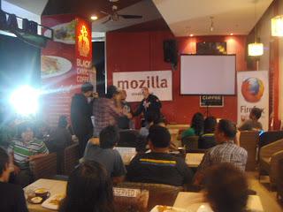 Catatan Kopdar Mozilla Firefox Indonesia di Manado-www.catatanbryant.com