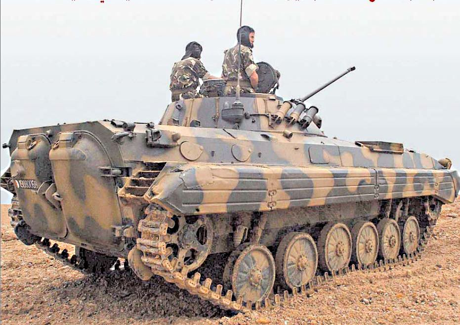 Fuerzas Armadas de Argelia BMP-2_2