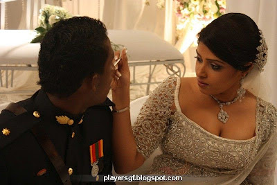 Ajantha Mendis and his wife  Yoshini Mendis