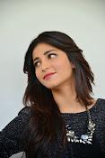 Shruti Haasan Glam pics-thumbnail-49