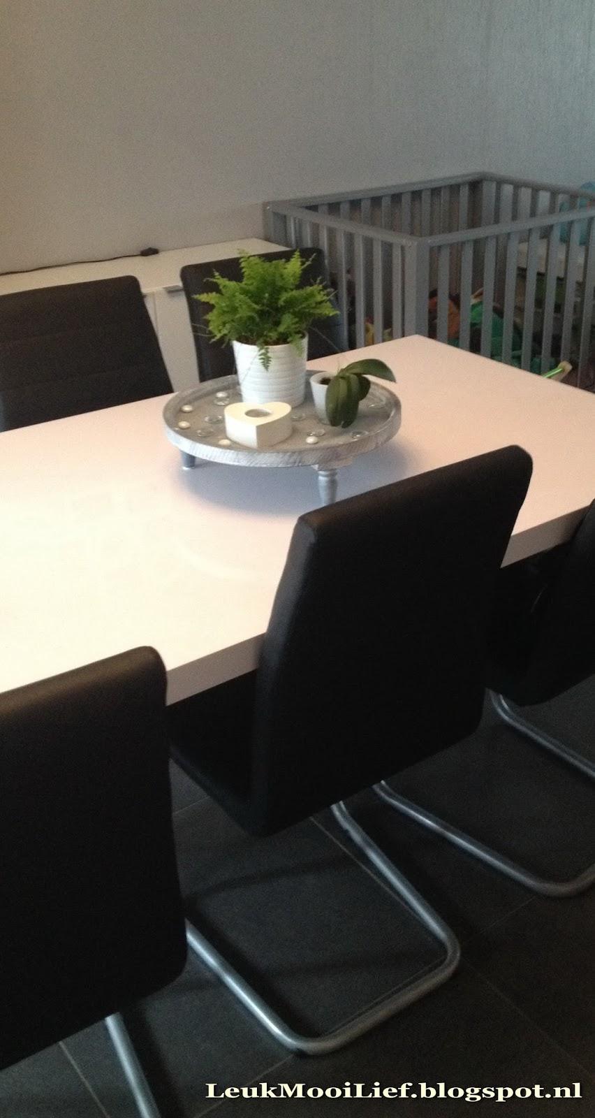 Leuk mooi lief iets nieuws op tafel - Wat op een salontafel ...
