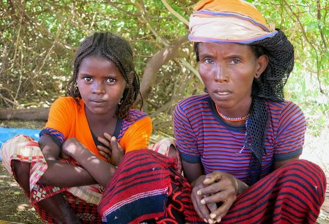 http://www.tv5.org/cms/chaine-francophone/Terriennes/Dossiers/p-28663-En-Ethiopie-quand-les-femmes-Afars-se-dressent-contre-les-mutilations-sexuelles.htm