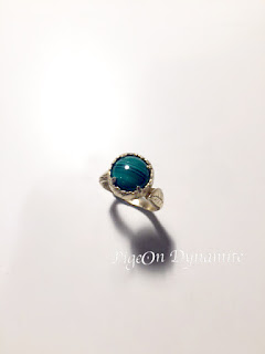 https://www.etsy.com/listing/242189924/leaf-malachite-quartz-kujaku-ring?ref=shop_home_active_8