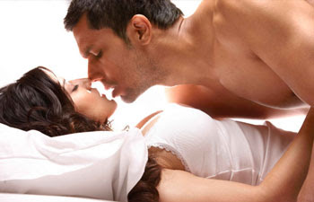 Sunny Leone, Randeep Hooda, JISM 2 Movie, JISM 2 Movie Photo, Sunny Leone and Randeep Hooda, Sunny Leone JISM 2 Movie, Randeep Hooda JISM 2 Movie