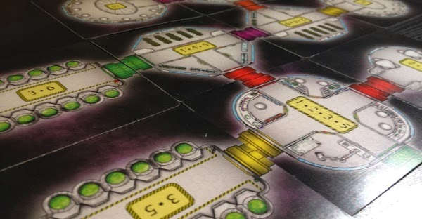 Airlock kickstarter board game review