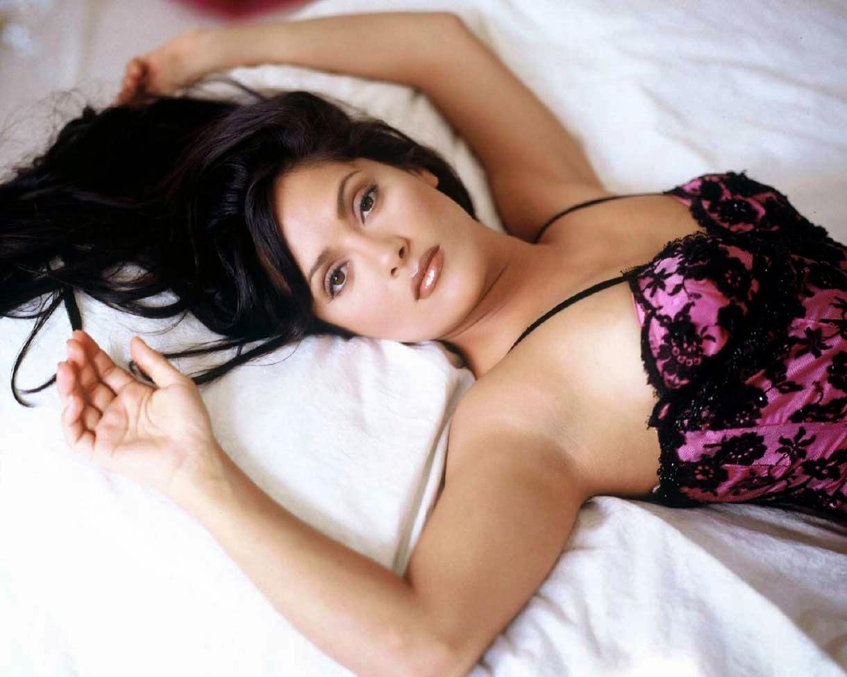 Hot Beauty Salma Hayek Body