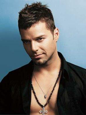Aqui unas Fotos de Ricky Martin: