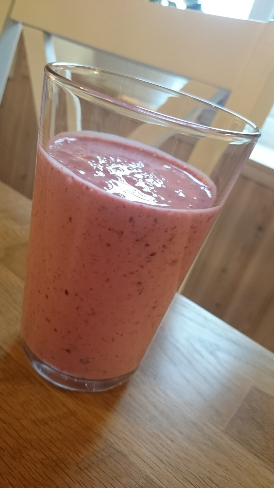 jordgubbssmoothie utan yoghurt