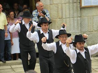 Romería de Darbo, Danza