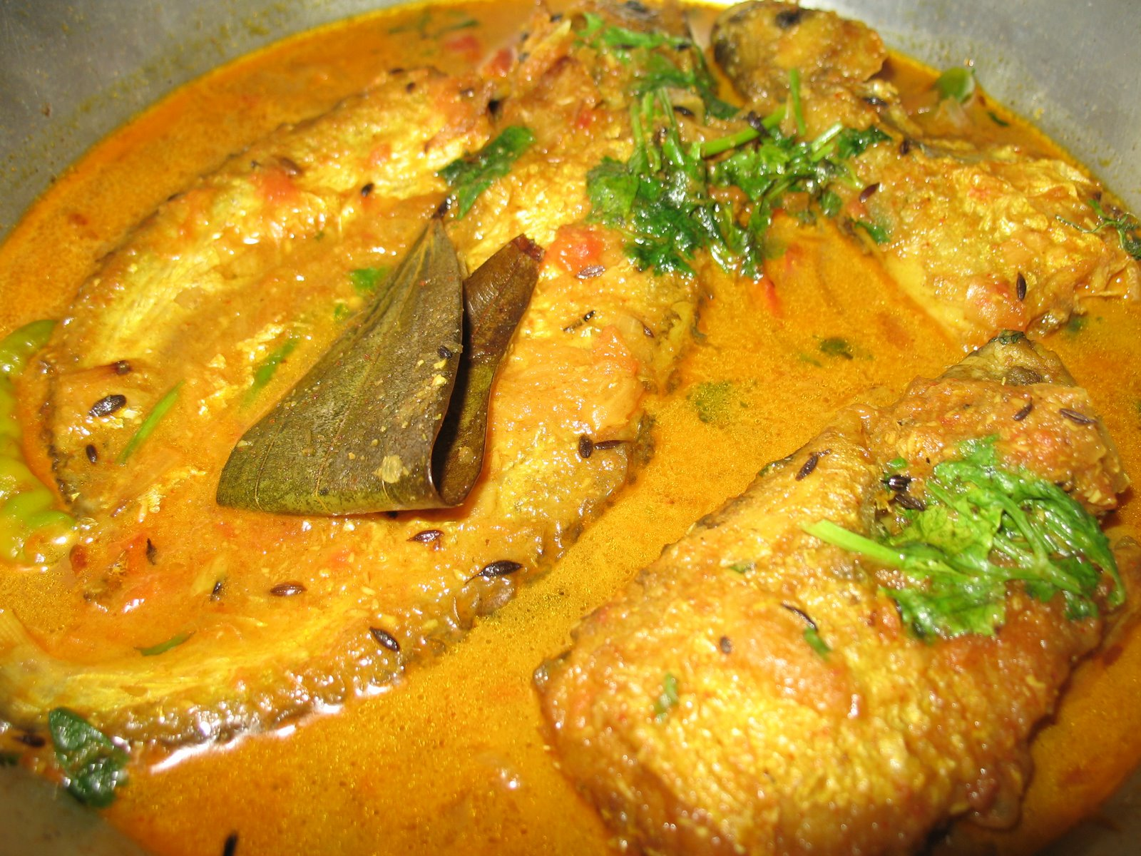 All about Bengali Fishes and Tasty Fish Curry