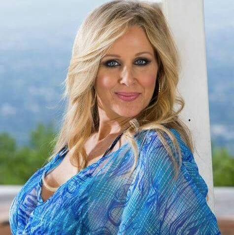 TELUGU WEB WORLD: PLUS BEAUTY JULIA ANN SUPER HOT PICS - 2015 Hairstyles Men
