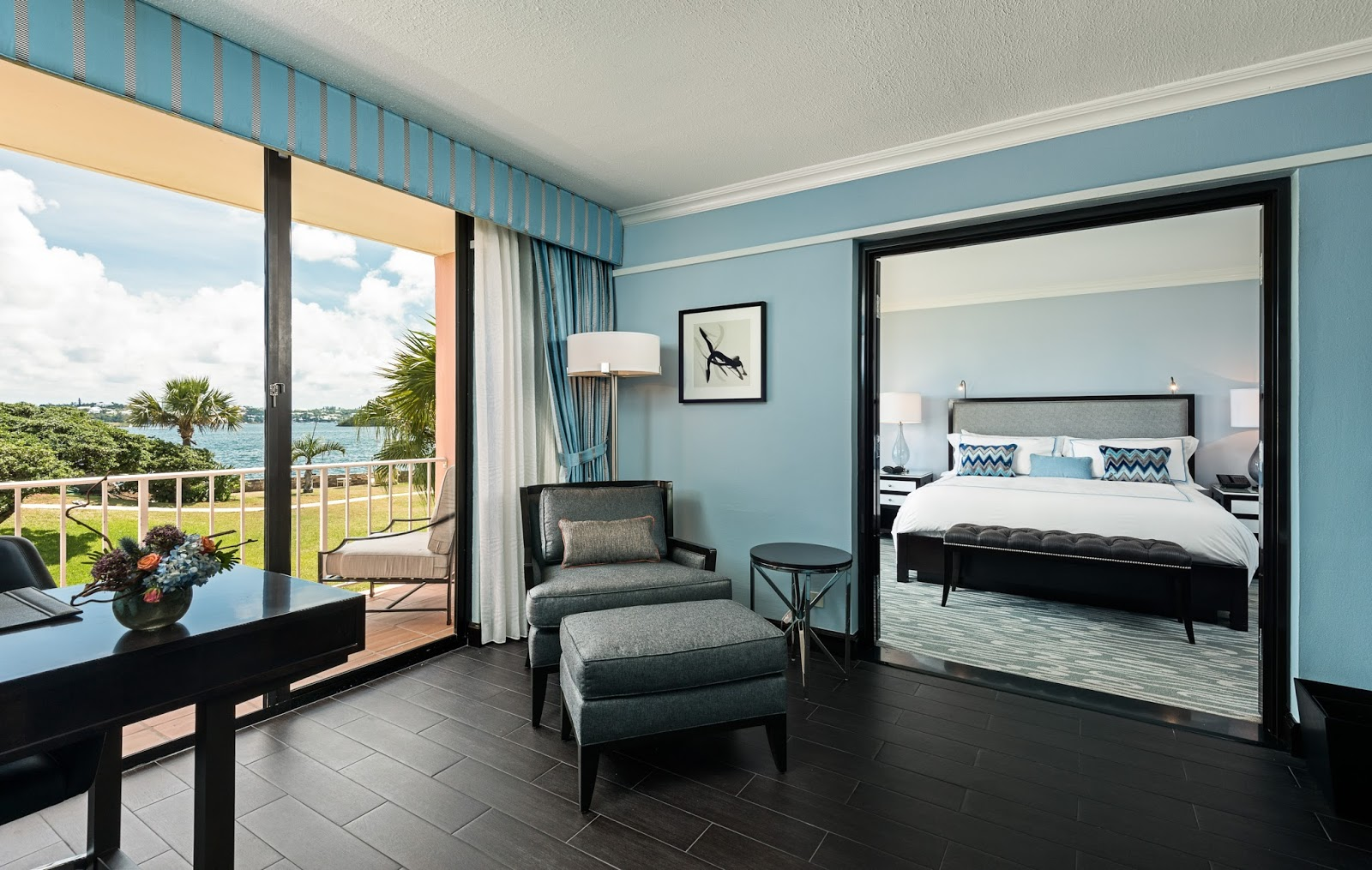 The newly renovated hamilton princess beach club a fairmont managed hotel travelista73 - Exciting beach bedroom themes for truly refreshing atmosphere ...