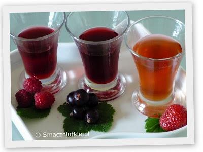 Słodkie octy owocowe - malinowy, porzeczkowy i truskawkowy