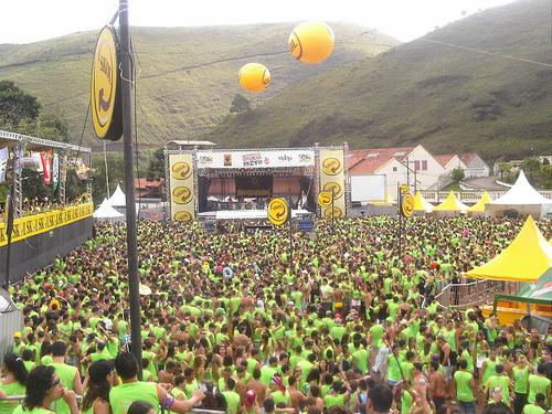 Carnaval em Outro Preto Bloco da Praia