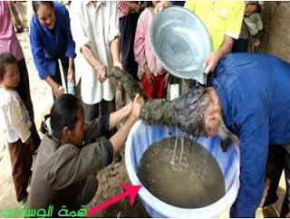 رجل هندي لم يغسل شعره منذ ولادته!