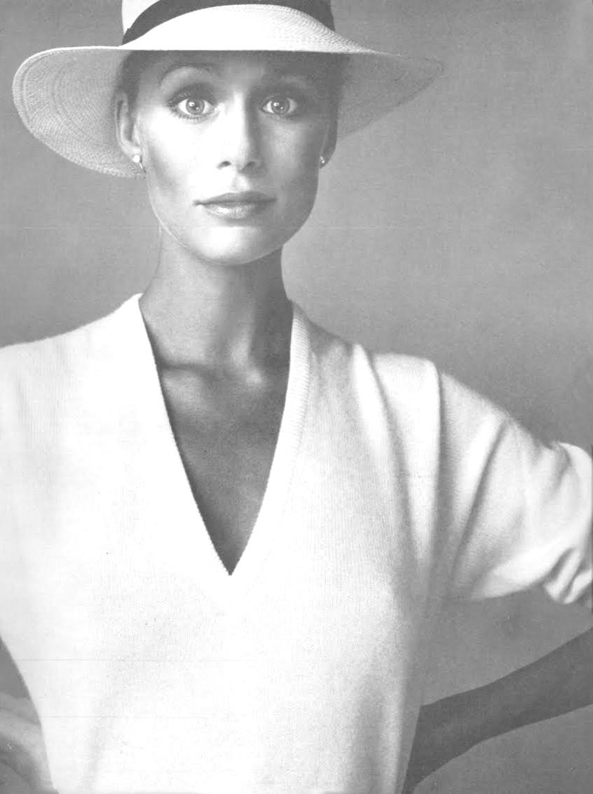 Lauren Hutton in Vogue US 1973 / 1970s style inspiration / wardrobe essentials / via fashioned by love british fashion blog