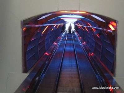 Tunel Electronico Atomium Bruselas