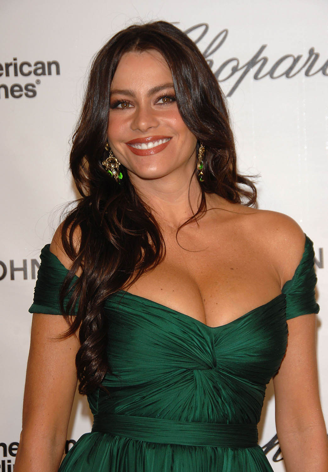 MagazineOh: Sofia Vergara highest paid television actress of 2013