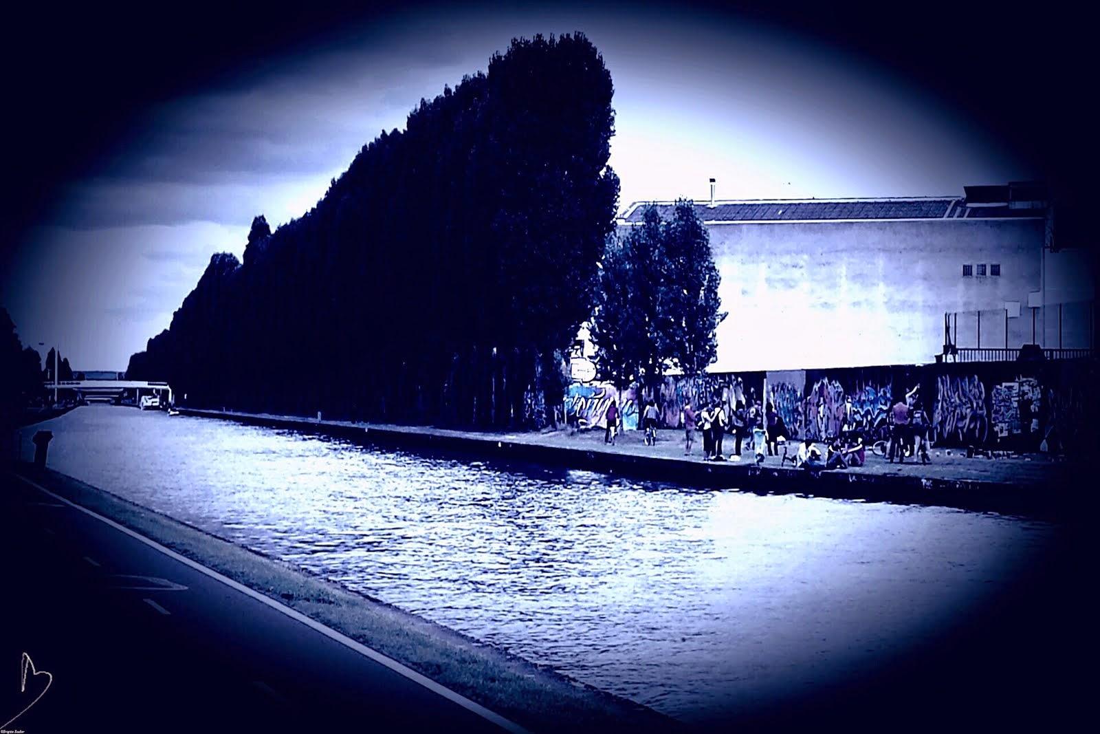 BLUE CANAL BLEU