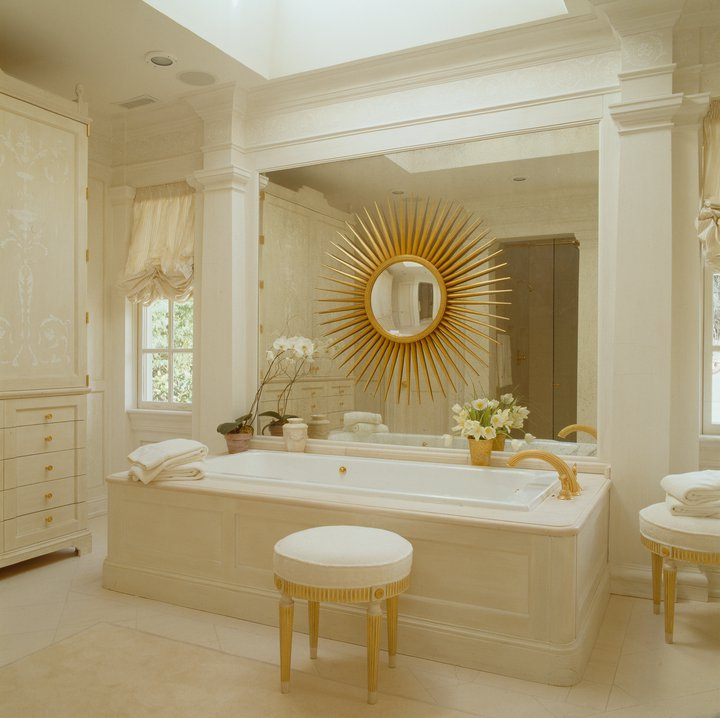 The french tangerine mdd inspiration for Tangerine bathroom ideas