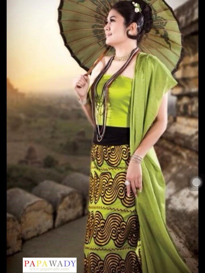 Soe Myat Thuzar in Myanmar Dress Fashion