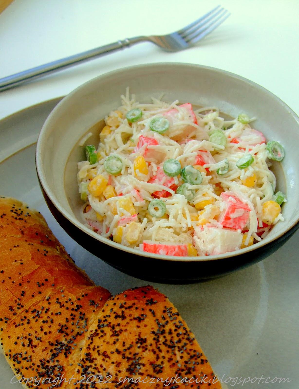 Kasia S W Kuchni Salatka Z Surimi I Makaronem Ryzowym