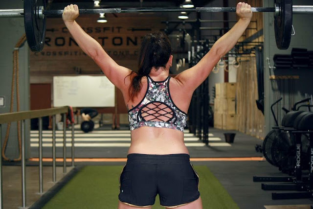 lululemon-sweaty-or-not-bra butterfly