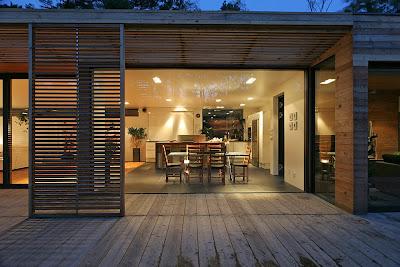 Одноэтажный дом с внутренним двором