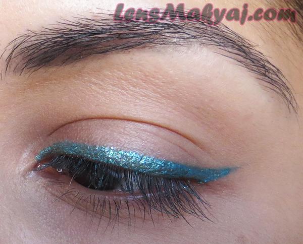 Essence Aquatix Bay Eyeliner