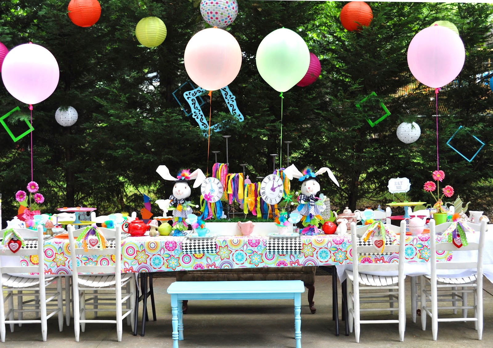 Meghily 39 s alice in wonderland party - Alice in wonderland tea party decorations ...