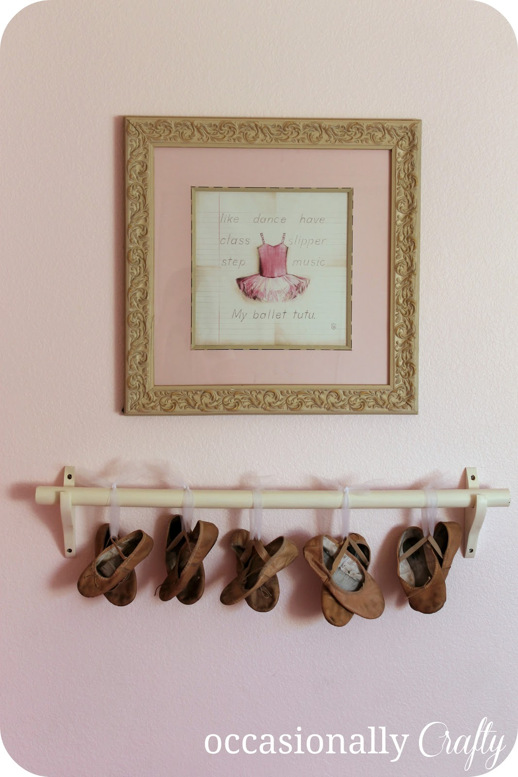 Pink ballerina room a bedroom makeover occasionally for Ballet shoes decoration