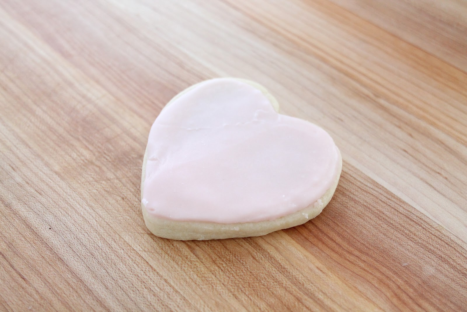 Tips for Icing Sugar Cookies - Julie Blanner entertaining & home ...