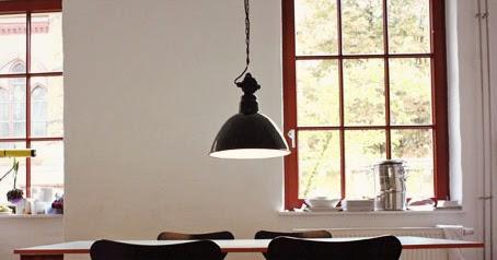 goldstein interieur emaille lampen im bauhaus stil. Black Bedroom Furniture Sets. Home Design Ideas