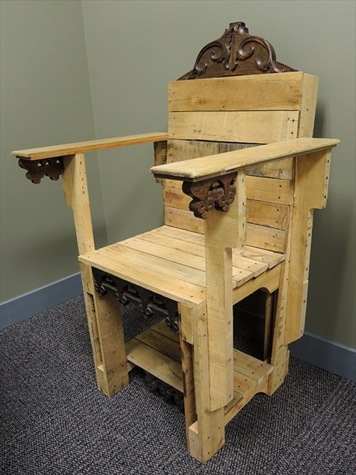 Creative Wood Pallet Furniture Ideas