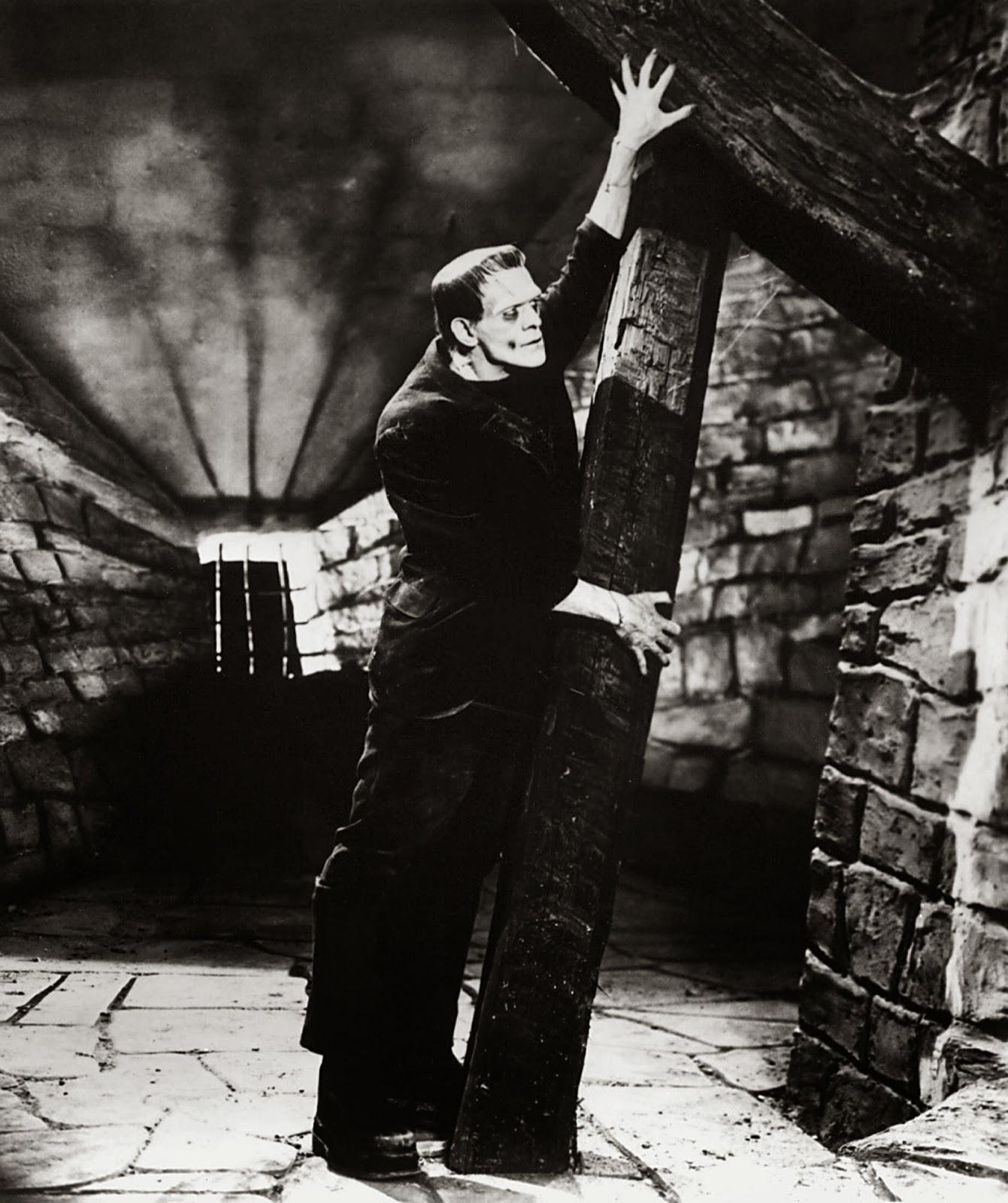 Frankenstein es una criatura inhumana, fuerte, brutal y de aspecto grotesco