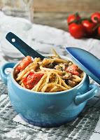 Spaguetti con salsa de setas y leche de coco